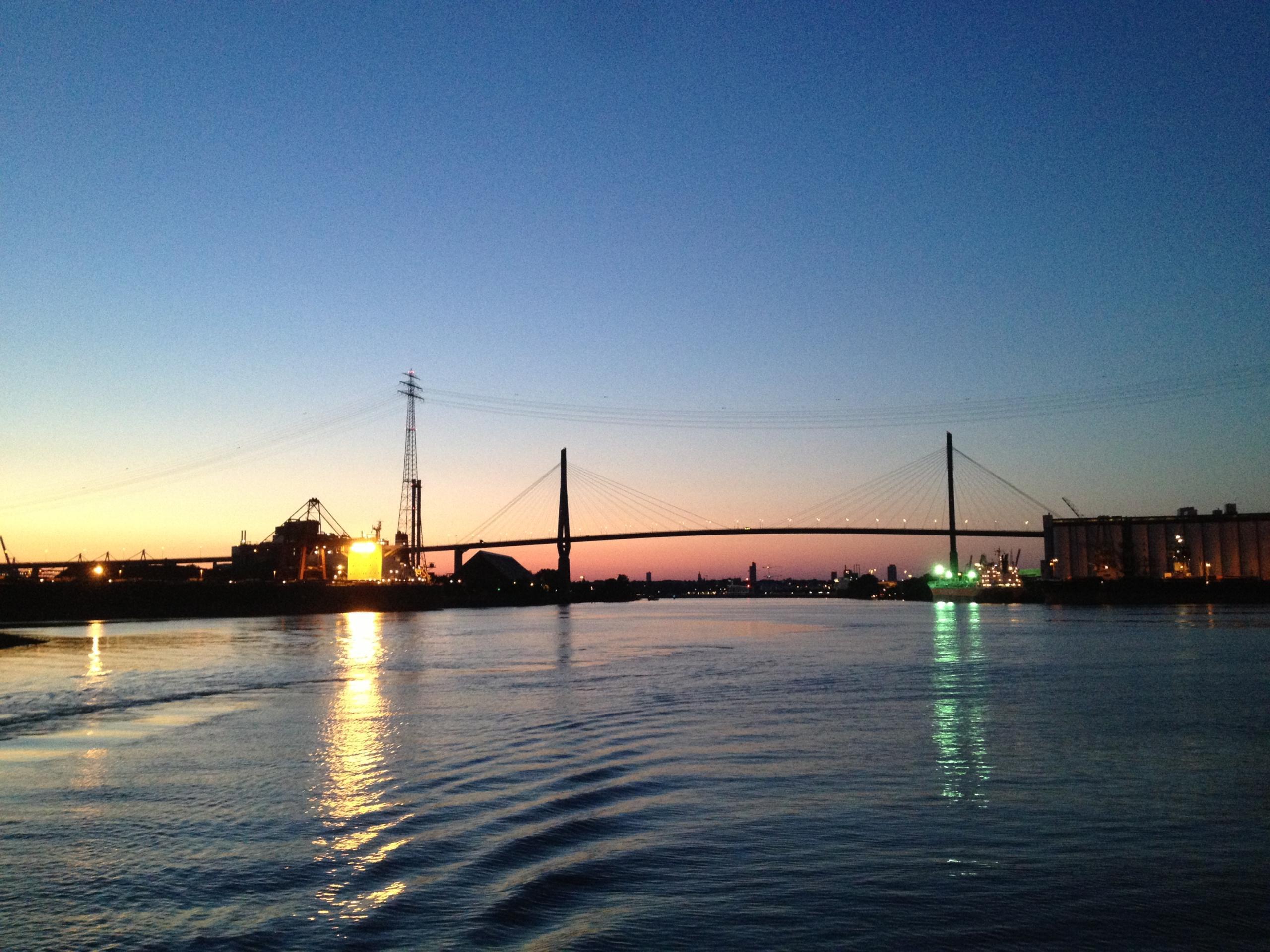 Köhlbrandbrücke Gesperrt